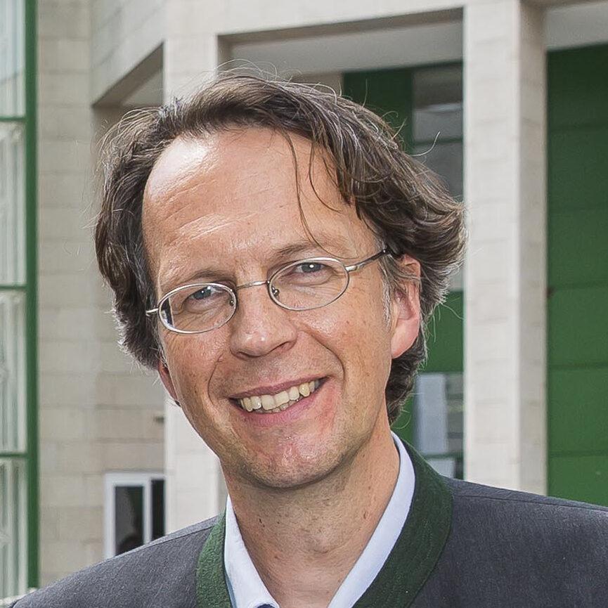 Arne Bathke